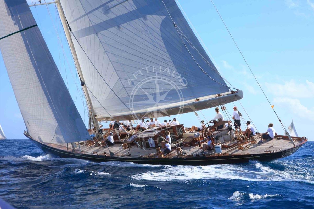 Journée location Yacht à Cannes - Arthaud Yachting