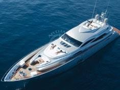 Yacht charter - PERSHING 115
