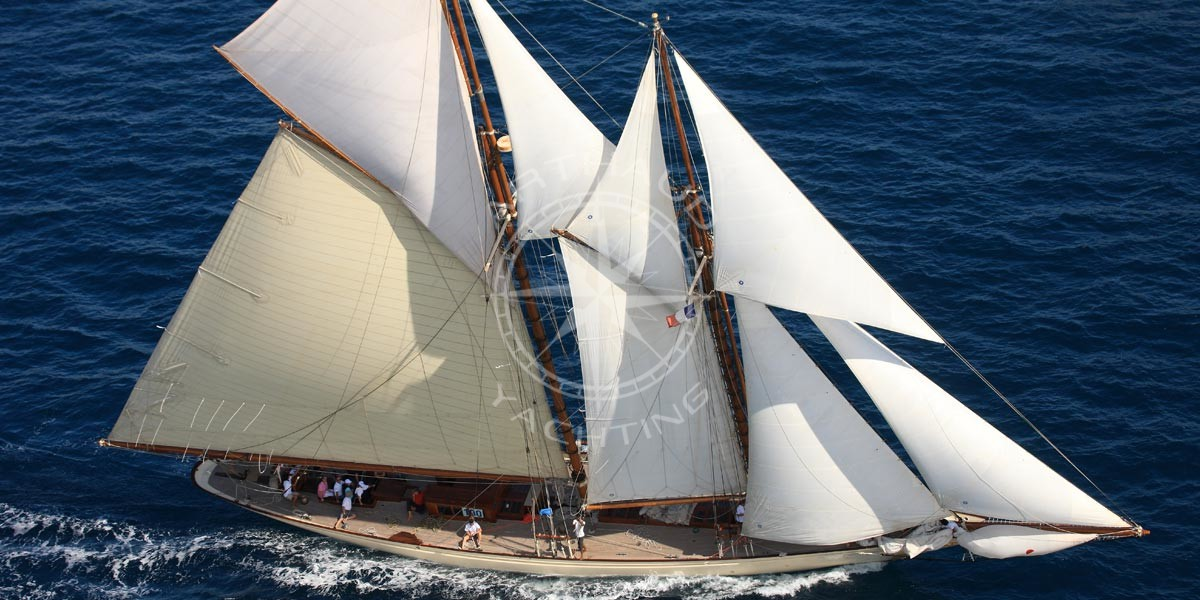 Rent a classic yacht charter