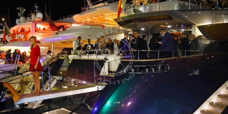 Location yacht à quai Cannes - Arthaud Yachting
