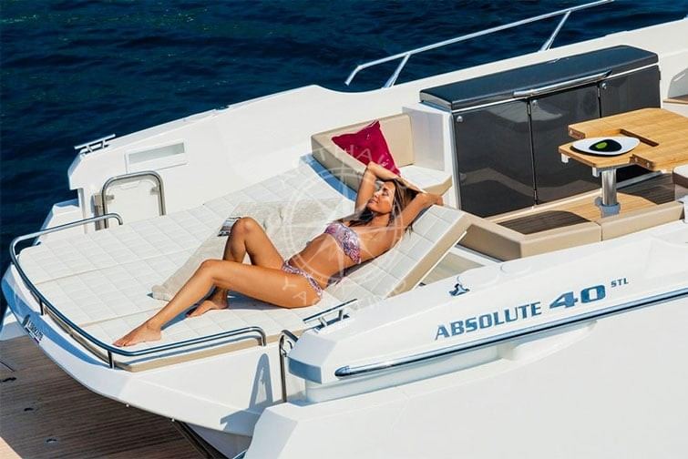 Luxury Yacht Rental In Monaco