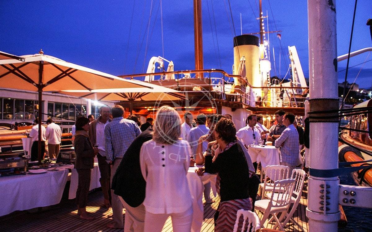 Location yacht charter - Congrés Cannes MIPIM