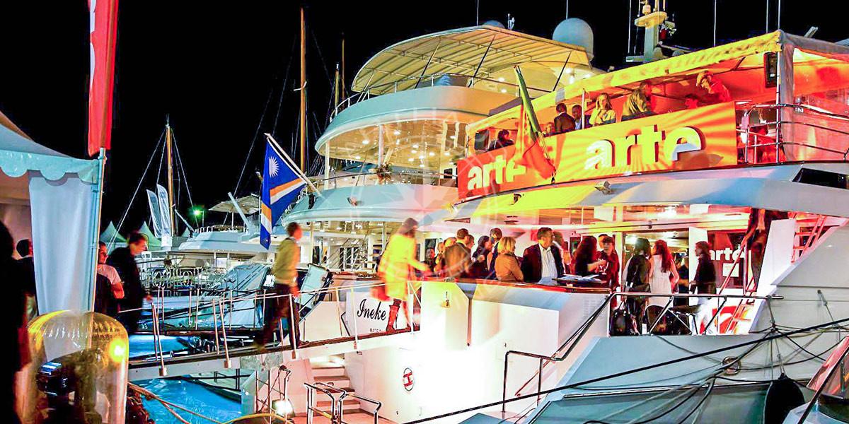 Yacht charter for quay-side event - Monaco, Cannes, St-Tropez