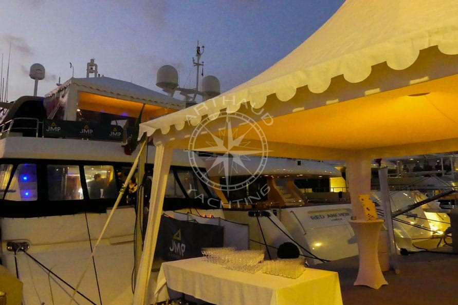Location yacht MAPIC Cannes - Arthaud Yachting