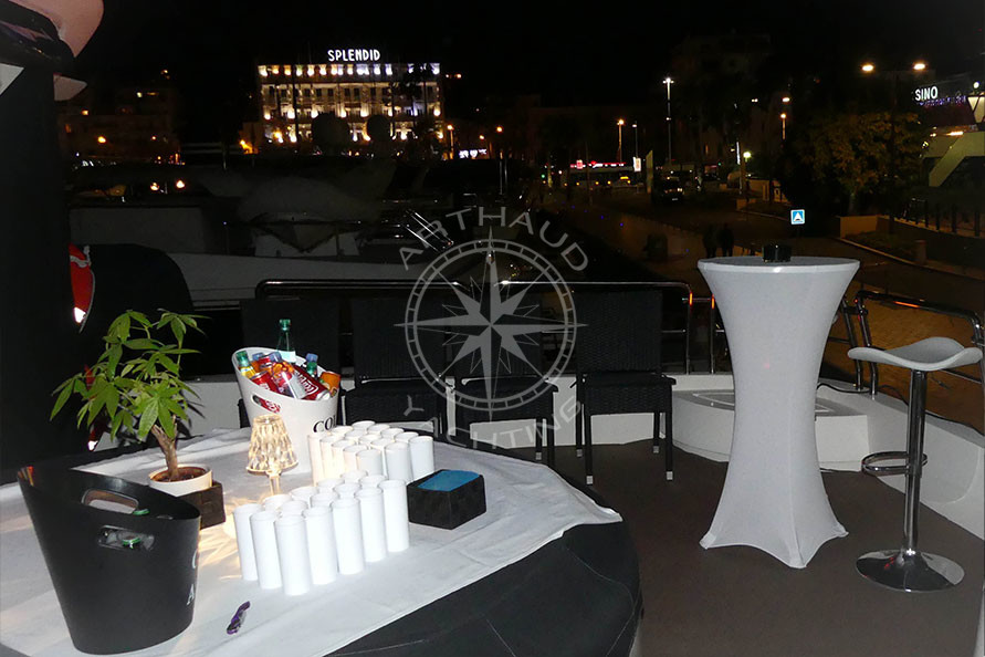 Location yacht salon IPEM Cannes - Arthaud Yachting