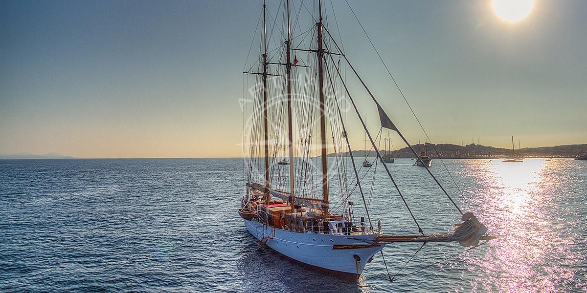 Yacht Rental St Tropez