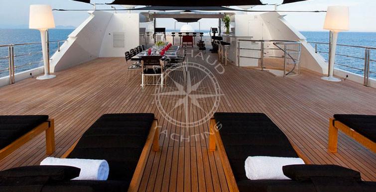 Location yacht de luxe pour soirée