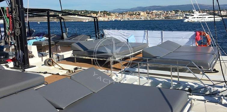 Croisière catamaran en mer Méditerranée