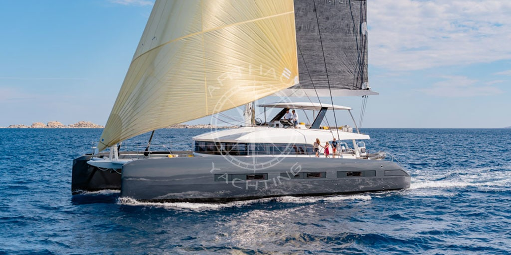 Catamaran charter for a cruise in Corsica