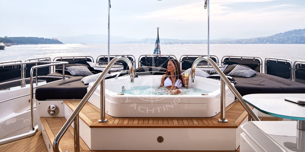 Incentive activity on board a yacht