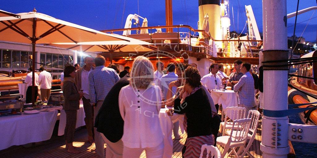Yacht birthday party | Arthaud Yachting