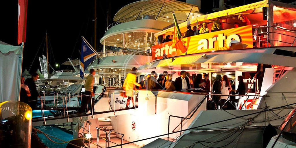 Yacht evening party | Arthaud Yachting