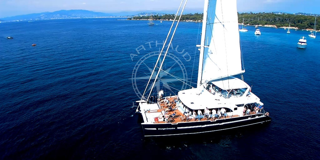 Location catamaran Nice | Croisière Mer Méditerranée